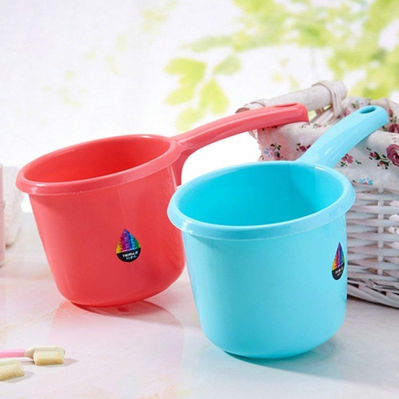 加厚磨砂水瓢 厨房塑料长柄大水舀子 宝宝洗澡水舀水勺 颜色随机