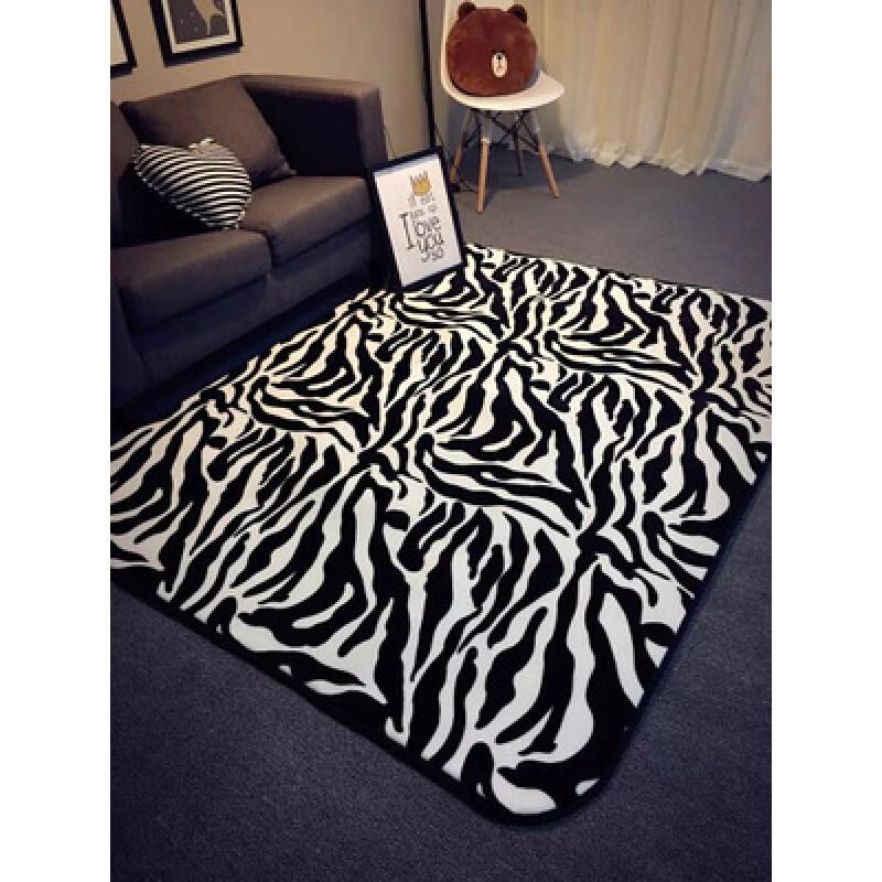 欧式潮牌简约黑白客厅茶几地毯卧室床边地垫现代长方形沙发进门垫玫