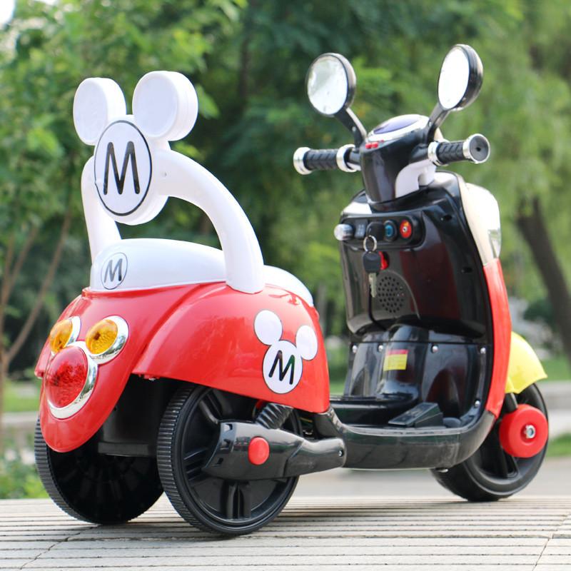 包邮新款可坐可骑儿童宝宝电动摩托车三轮车小木兰充电踏板童车_3 荧