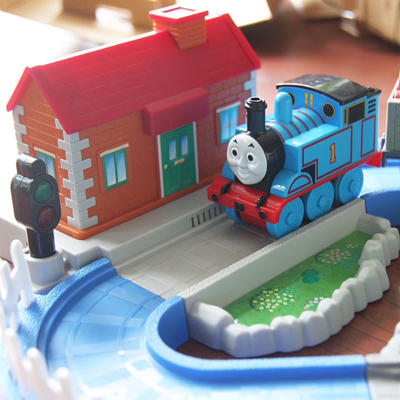 tomy儿童玩具托马斯火车模型益智玩具宝宝拉拉车积木