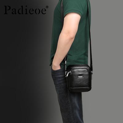 Padieoe真皮单肩包男士包包2018新款潮斜挎跨包男背包商务休闲男 黑色
