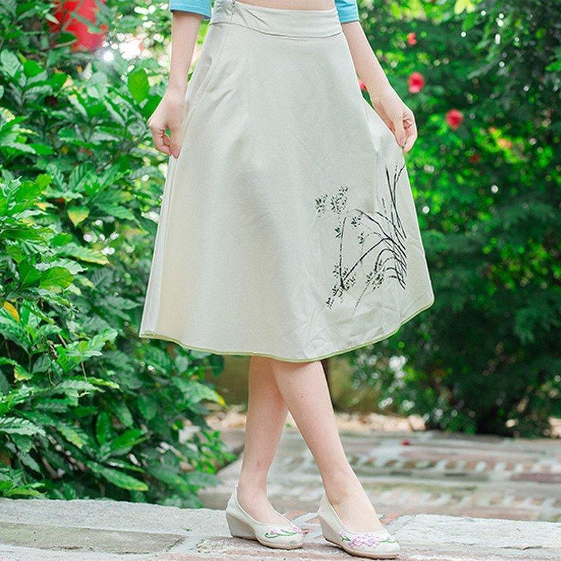 羊致森女系文艺范素麻手绘中裙大摆裙