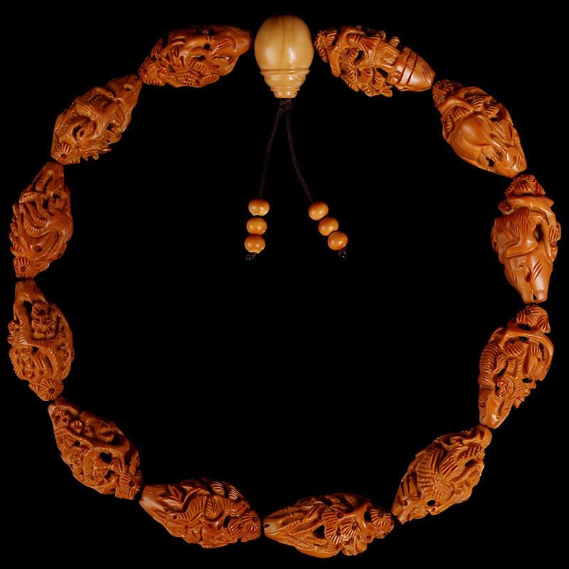 文玩天然手工雕刻橄榄核十二生肖核雕手串手持鸡兔狗鼠本命年佛珠