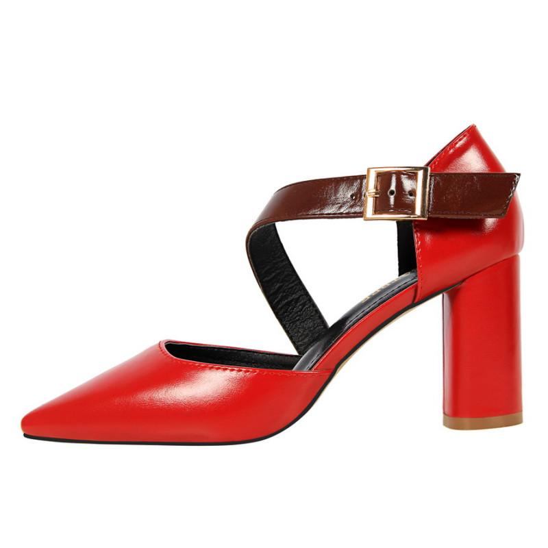 6色可选 复古欧美风高跟鞋圆跟粗跟高跟浅口尖头中空一字带皮带扣凉鞋图片