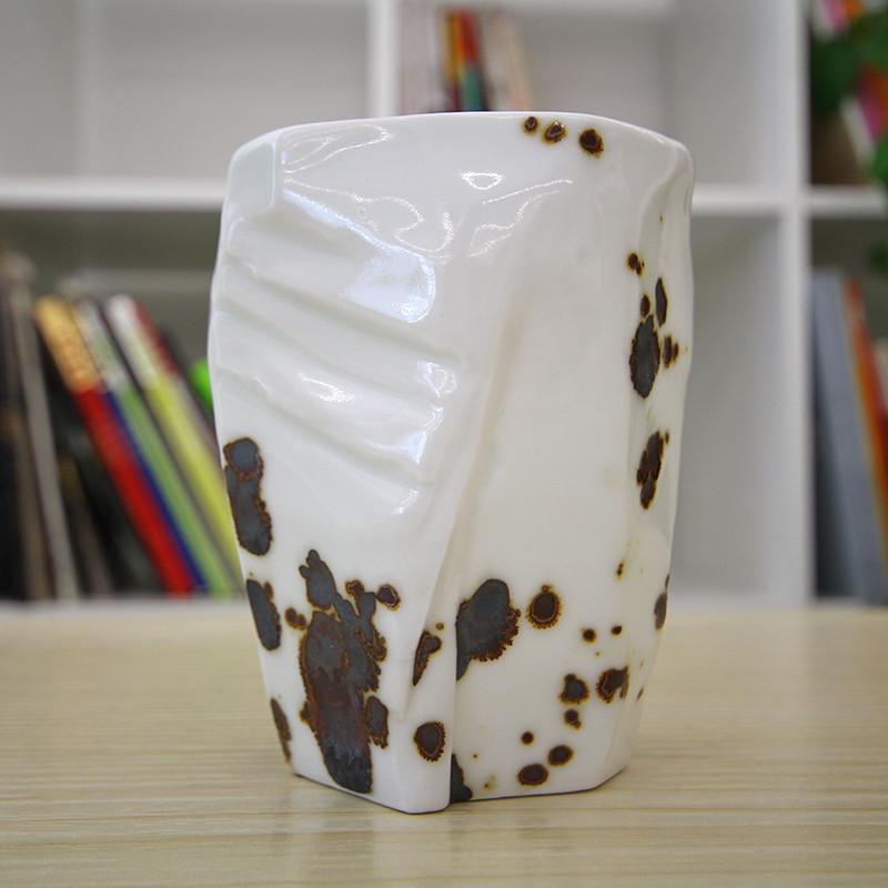 圭宝 茶杯陶瓷水杯马克杯 创意岩石造型设计手握杯 铁锈