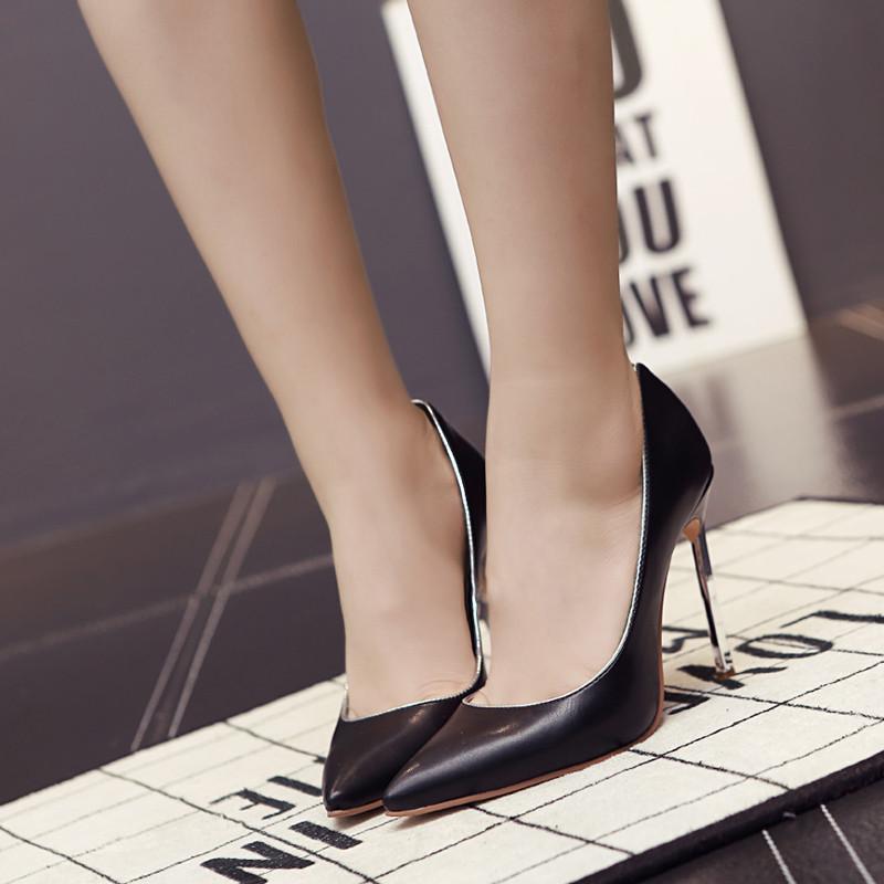 奥莎妮曼2017欧美春夏新款细跟高跟鞋尖头鞋浅口单鞋女性感真皮结婚