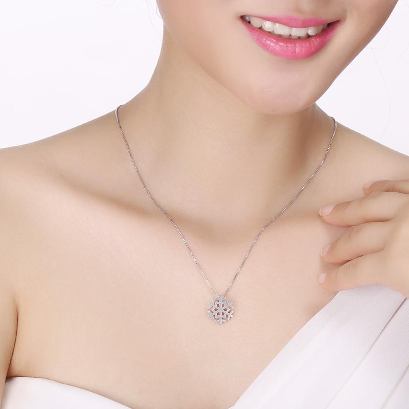 彩丽馆 925银项链女款 拉丝雪花项链吊坠女士锁骨链 银时尚饰品礼物