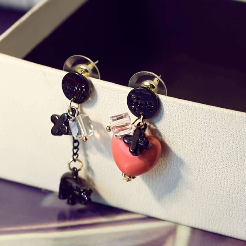 彩丽馆韩国耳钉小清新简约时尚桃心小熊耳饰不对称耳环水晶清新耳钉送