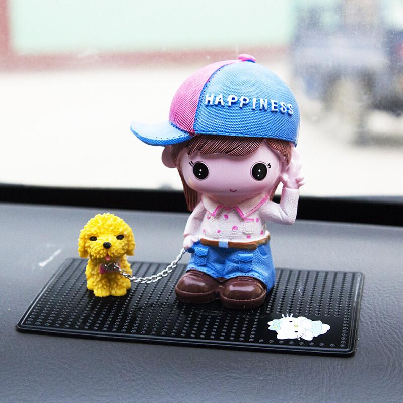 拉运汽车摆件卡通创意车载小摆件情侣娃娃玩偶可爱公仔车内饰品摆件