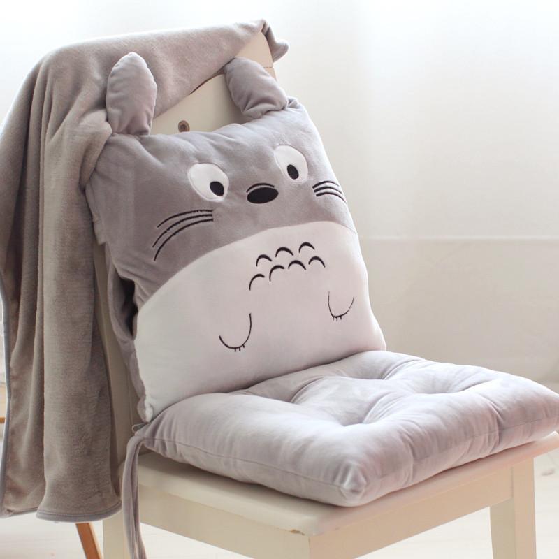 抱枕被子两用可爱珊瑚绒办公室午休靠垫靠枕头被午睡趴枕睡觉