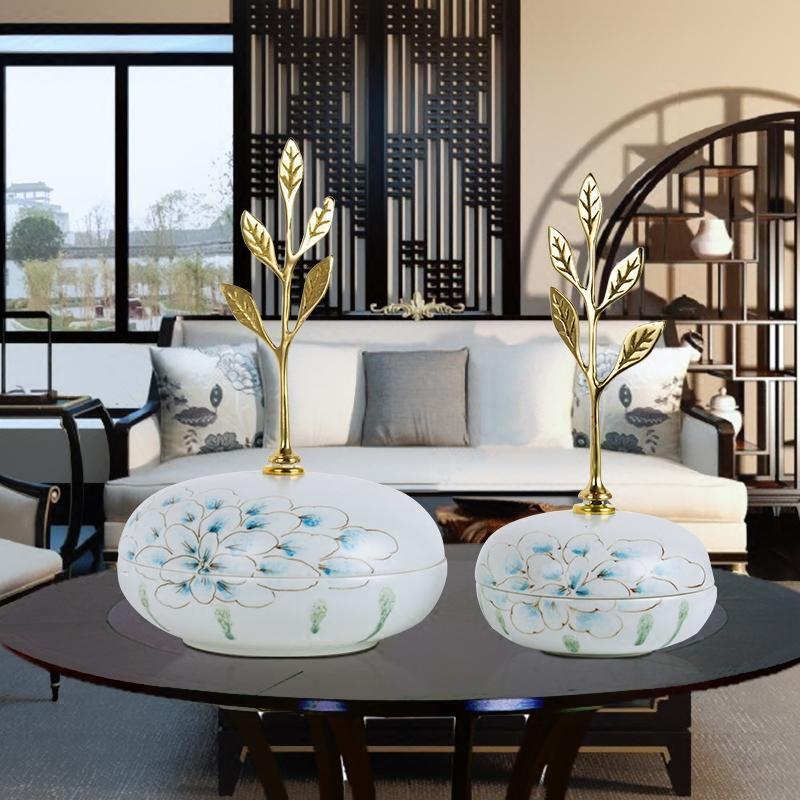 新款2018新古典陶瓷储物罐摆件家居样板房客厅酒柜茶几糖果罐带盖装饰