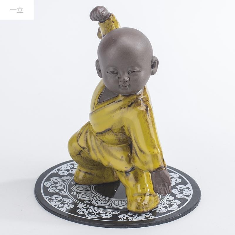 一立新款特价创意陶瓷可爱功夫小子 小和尚摆件 车内饰品 桌面摆设