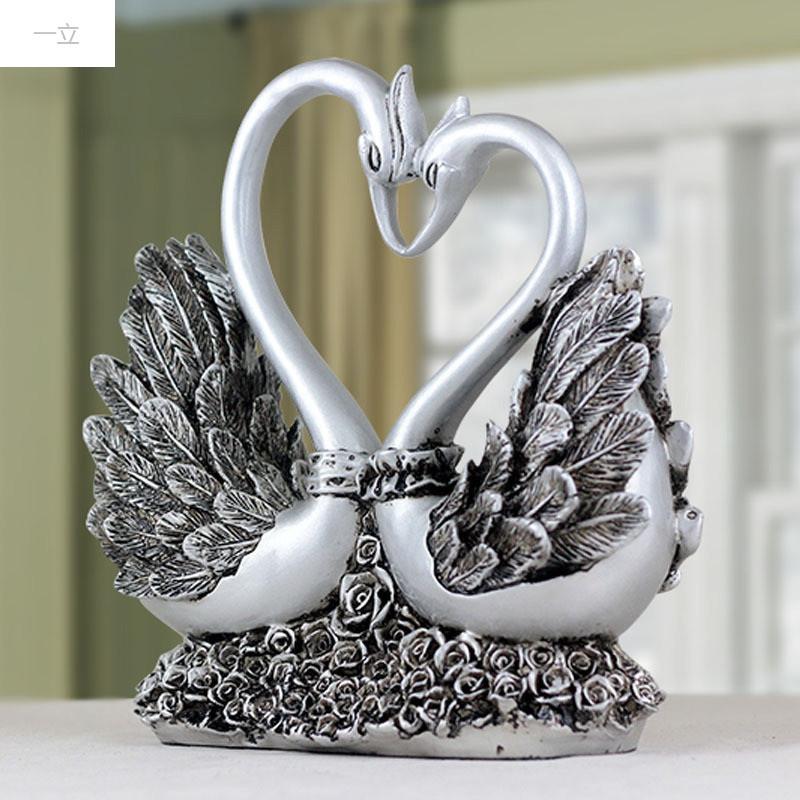 一立新款特价欧式玫瑰天鹅摆件家居装饰品时尚创意婚庆礼品现代客厅摆图片