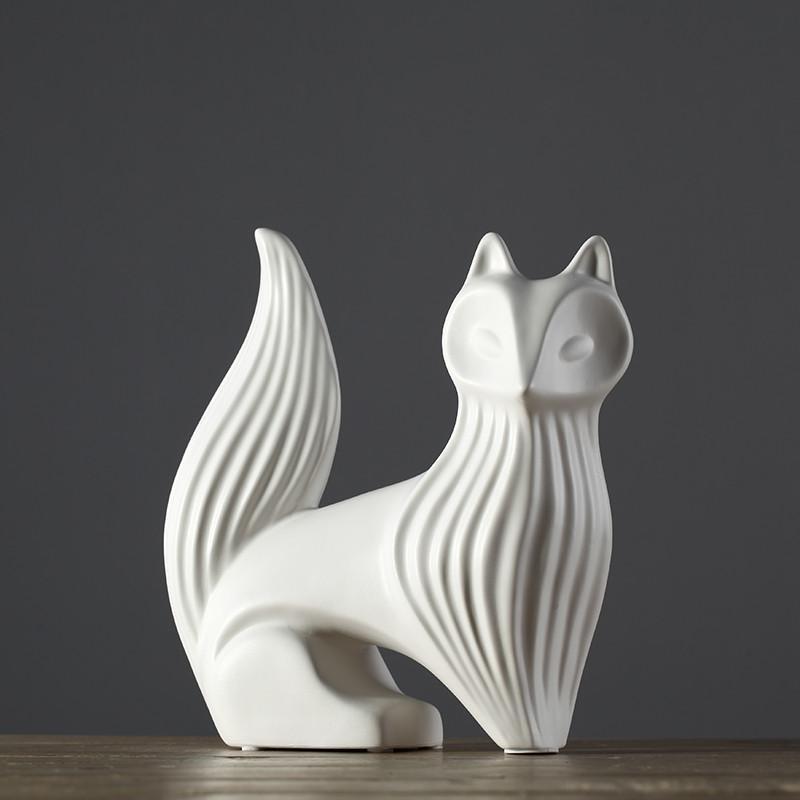 家居装饰品 现代简约客厅 餐桌摆件摆设 北欧风情雪狐图片