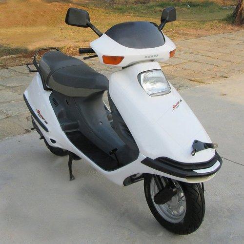 日本燃油助力自行车_日本原装进口本田踏板摩托车二冲程dio35期zx代步50cc燃油助力车 ...